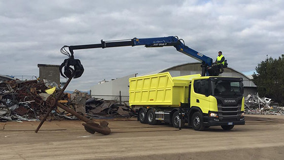crane-loader-heavydutyuse-ecology-recycling