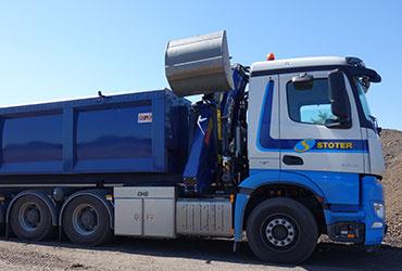 ARMHÖHE-IN-RUHESTELLUNG-über-dem-Fahrgestell-für-Recycling-Krane-marchesigru