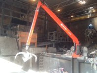 stationary-crane-for-recycling-and-scrap