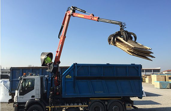 marchesi-crane-r-series-recycling-and-scrap