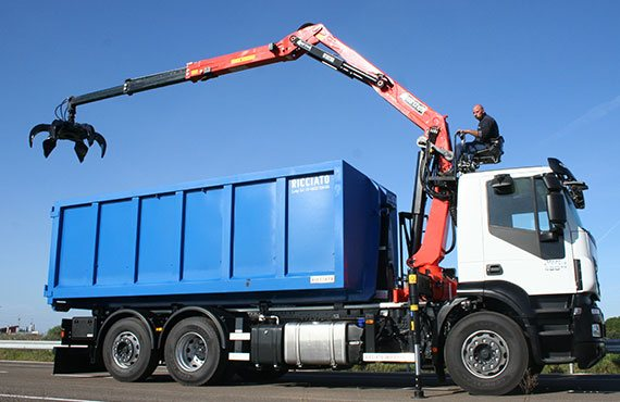 marchesi-crane-rt-series-recycling-and-scrap
