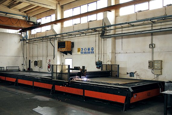 plasma-cut-for-truck-mounted-cranes