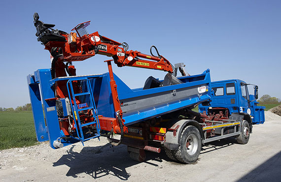 construction_crane_with_clamshelll_bucket_r-series