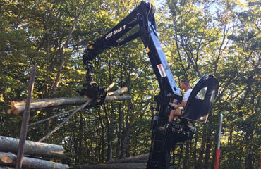 forestry-crane-with-foldable-boom-z-series