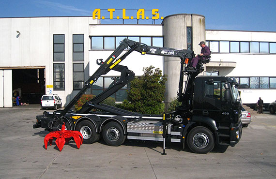 truck-mounted-recycling-crane-f-series