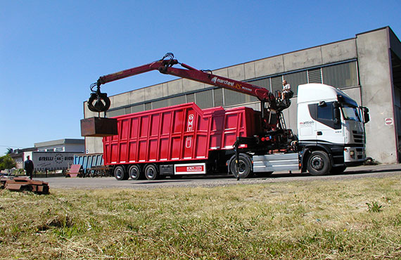 crane-for-loading-waste-materials-rs-series