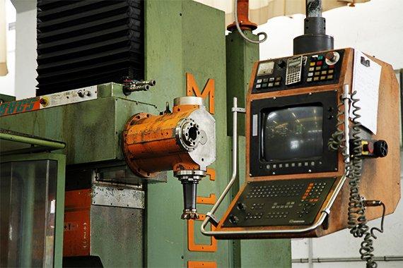 Produzione: lavorazione macchine utensili